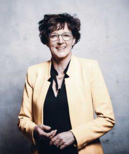 Iris Rumey-Frfr. von Eberstein | Geschäftsführende Gesellschafterin | Senior Train Coach |